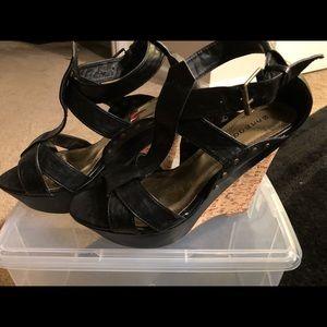 Shoes - Cute black wedge sandals